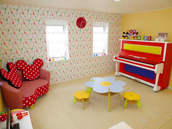 ドレミ音楽教室 婦中教室 黄色いお部屋2